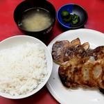 ギョーザ専門店イチロー - 焼き餃子定食