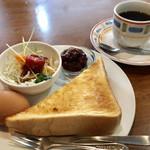 ブラジルコーヒー - ブレンドコーヒー350円と小倉トーストのモーニング
