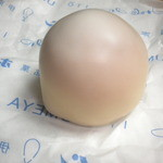 梅家 - 包みを開けると白いボール