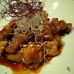 かしき屋福茂千 - ブルダック(鶏の辛味焼き)580円は辛くてビールと好相性♪