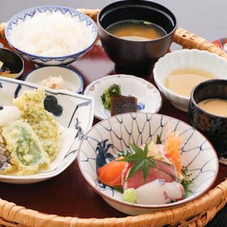 旬を大切に◎京料理の技を取り入れ、地元に親しまれる味をご提供