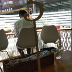Supukarekamui - 3番の番号札で席に座り、料理を待ちます。