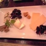 アボットチョイス - 三種類のチーズの盛り合わせ