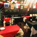 LA FIESTA at wallstreet mexican restaurant&bar - 1階 テーブル席