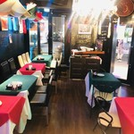LA FIESTA at wallstreet mexican restaurant&bar - 1階 店内