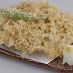 網元料理あさまる - 名物しらすの天ぷら。ボリューム満点です。