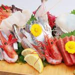 網元料理あさまる - 刺身盛り合わせ(2人前)※魚は水揚げ・季節により変わります。