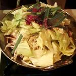 焼鳥ジロー - 鶏ホルモン鍋