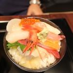 寿司&グリル IL ONAI - 海鮮丼 2019.8月