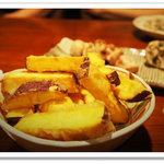 食と酒 のこのこ - 「さつま芋ホクホク揚げ」。懐かしくおつまみでもドウゾ!