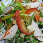 雪の華 - 料理写真:スモークチキンサラダ