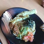 味噌蔵 麺四朗 - 料理写真:ゴマ味噌冷やし麺