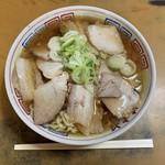 まこと食堂 - チャーシューメン(麺かため)…1000円(税込)