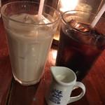 プー横丁 - ミルクティー(アイス) アイスコーヒー