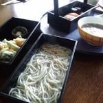 11503589 - 岡持ち重 鎌倉蕎麦