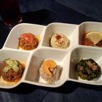 Isutamburuhanedan - 前菜の盛り合わせ