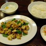 Miga - ランチの鶏肉の唐辛子炒め\850