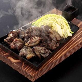 佐賀ありた鶏のもも炭火焼き980円(税別)