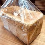 115040059 - ライ麦食パンの方は角食☆彡