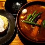 ラマイ - 料理写真:チキン + スープ大盛り + 辛さ7番 + ライスM(300g) + トッピング目玉焼き