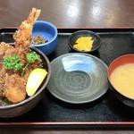 御食事処 たこ八 - 海鮮ソースカツ丼