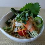 Chainizukyuijinuson - セットのサラダ