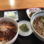 たぬき庵 - 料理写真:ミニ丼セットのソースかつ丼と冷やし蕎麦