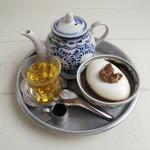 パーラーみんぴか - 黒蜜杏仁豆腐