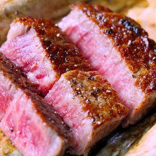 鉄板焼き黒毛和牛のステーキ