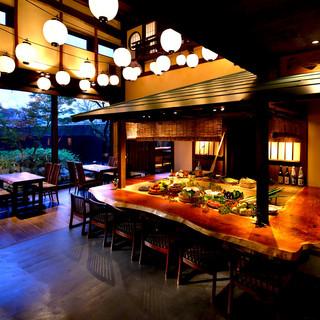 歴史あふれる空間と昭和居酒屋の形を成した炉端焼き