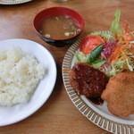 ニューフジ - 料理写真:Aランチ・880円