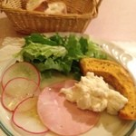 11509379 - 前菜とパン