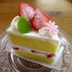 115093699 - ショートケーキ!