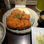 矢場とん - 黒豚わらじとんかつ定食