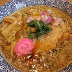 サカノウエ ユニーク - 料理写真:ユニークな醤油ラーメン