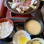 食房 杵 - 米沢牛たまごとじ定食