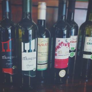 豊富な自然派ワイン◎自家製のオリジナルドリンクもございます