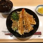 天麩羅 やぎ - 天丼(お味噌汁の位置は自分が好きなようにしました)