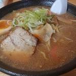どんぐりむらとくる味の木 - 料理写真:野菜味噌ラーメン 800円(税込)
