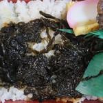メルカートいちかわ - 料理写真:行徳三番瀬生のり煮弁当(行徳港産貝使用)550円