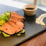 牛タン専門×ユッケ寿司 全席個室居酒屋 うま囲 - ロースト牛タン