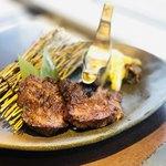牛タン専門×ユッケ寿司 全席個室居酒屋 うま囲 - 厚切り牛タン焼き