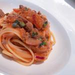 115131083 - リングイネピッコレ  マグロほほ肉、玉ねぎ、ケッパーのトマトソース、