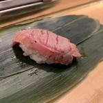 仙令鮨 - まぐろホホ肉
