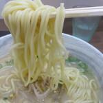 徳島ラーメン ふじい - 麺の太さと長さ
