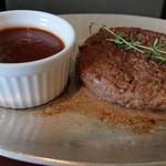 竹屋牛肉店 - 松阪牛のハンバーグ(デミバーグ)