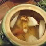 小割烹料理こっぽう - 料理写真:土瓶蒸し中身