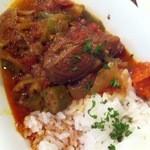 ロス・バルバドス - 6回目2012年2月7日ブルキナファソ料理 アフリカンシチュウ:牛肉とオクラの煮物