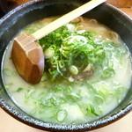 ラーメン壷 - 牛すじラーメン(H24.2)
