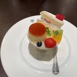 115142907 - POIRE ア・ラ・モード(¥750)